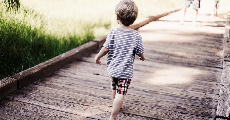 一個三歲男孩的自白:「我以為,我應該是要進女廁的」
