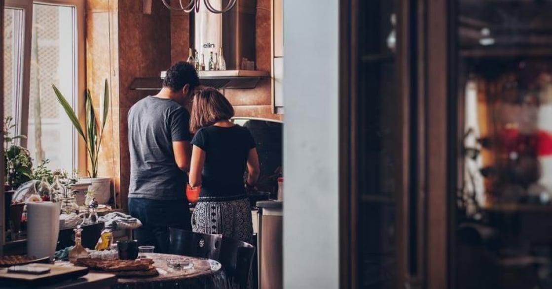 同居是浪漫愛情的終結?日本網友盤點,八件讓情侶崩潰的小事
