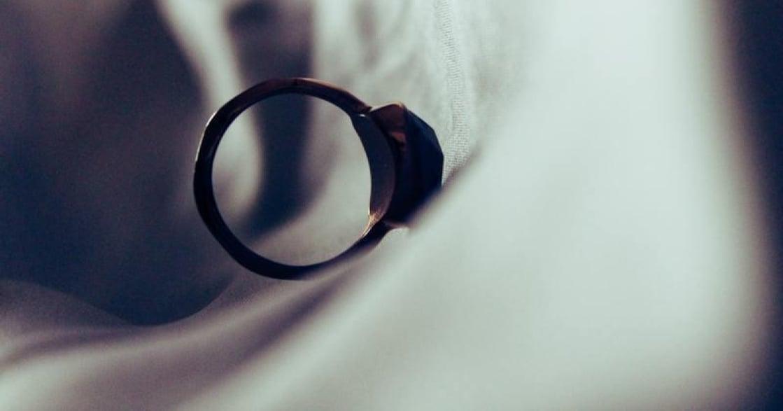 愛得很快,也分得很早:年輕時離婚的他,想給你的六個婚前建議