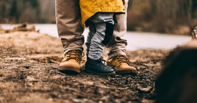 「小時候不能滿足爸媽,長大後也無法滿足伴侶」如何修復童年創傷?