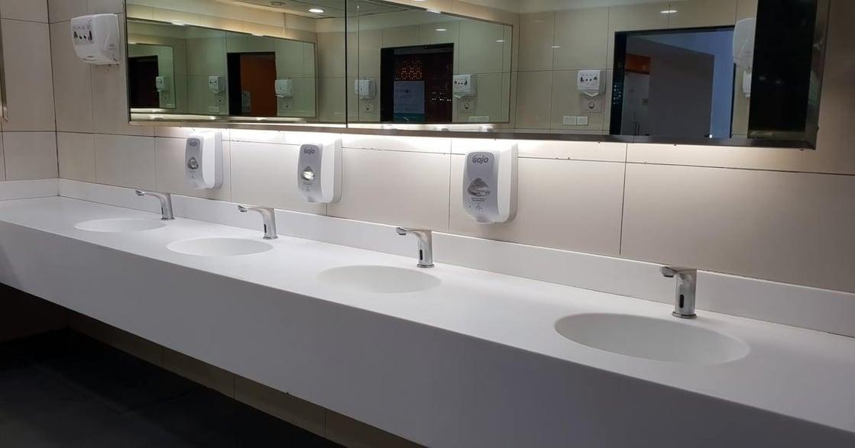 「女人已經習慣,上廁所免不了排隊」這件事有什麼問題?