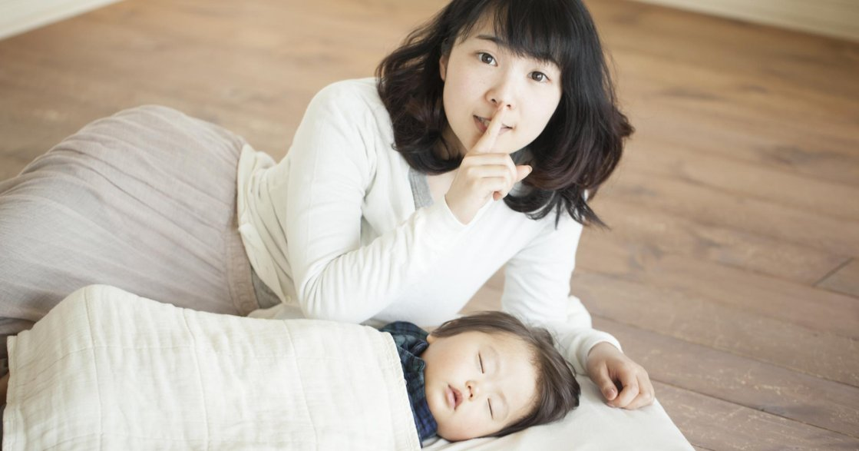 寶寶總是睡得不安穩,這樣正常嗎?