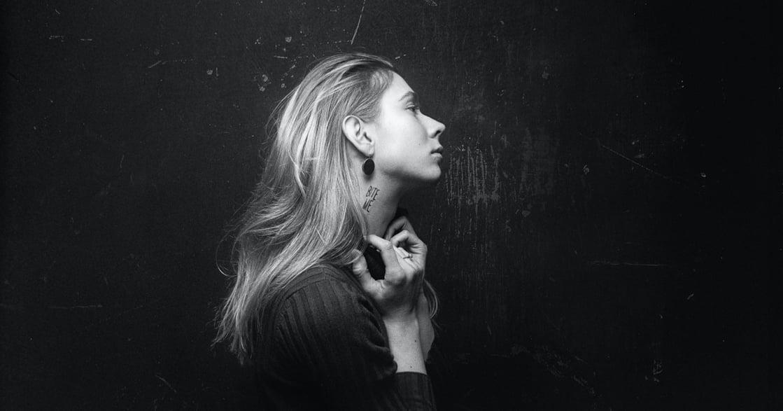 關係心理學:一下溫柔一下發脾氣,邊緣型的伴侶有這四個特徵