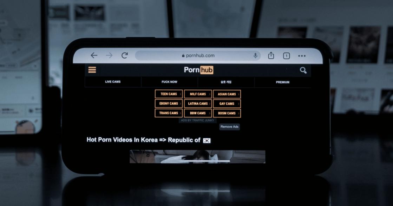 《紐時》揭「被 Pornhub 毀掉的孩子」!全球最大色情網站遭科技巨頭聯合抵制