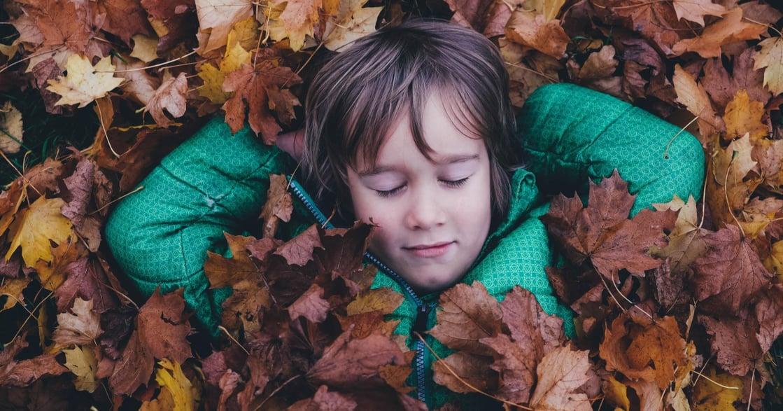 能被記憶,是因為遺忘──為何回想童年,總是負面回憶比較多?