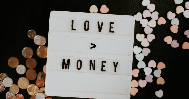 柚子甜專欄|金錢戀愛學:擁有了,卻還想要更多?你身邊的人事,都並非當然的