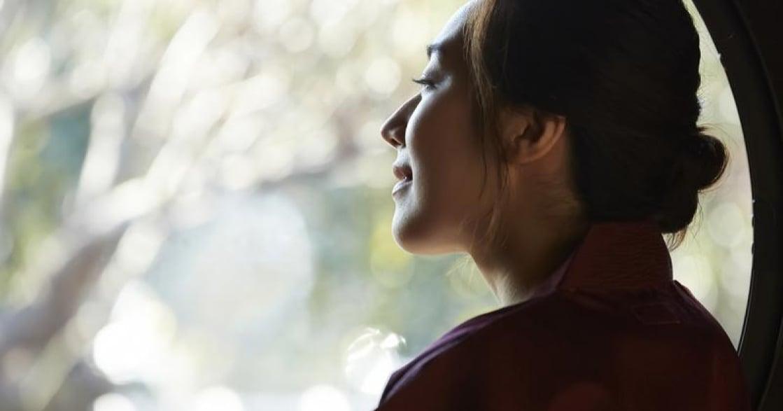 「面對痛苦回憶,別掙扎、別反抗!」愛會在下一個路口等你