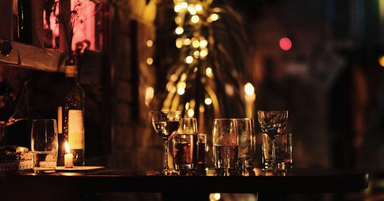女人迷點歌|Chilling Friday:讓酒吧環境音陪你一起工作不憂鬱