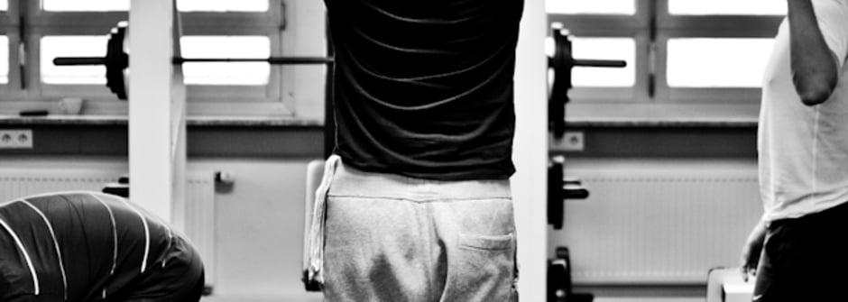 消除肩頸疲勞的上肢運動