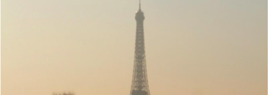 永恆的浪漫:艾菲爾鐵塔的各種姿態