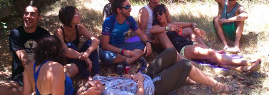 我在西班牙,挑戰朋友親密的界限