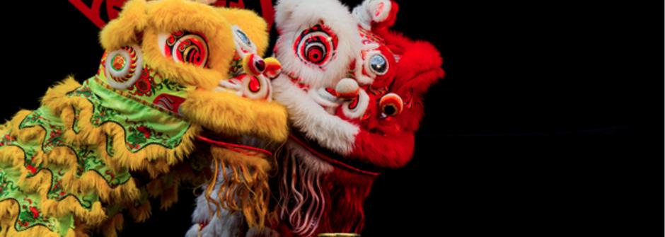 「恭喜發財,紅包拿來」這樣說跟外國人介紹台灣新年