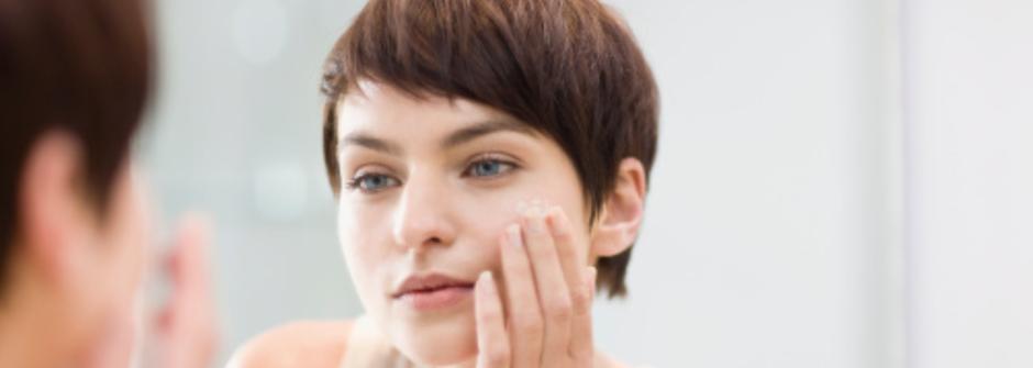 給女人的肌膚手冊:兩招一定要學會的神奇痘痘急救法