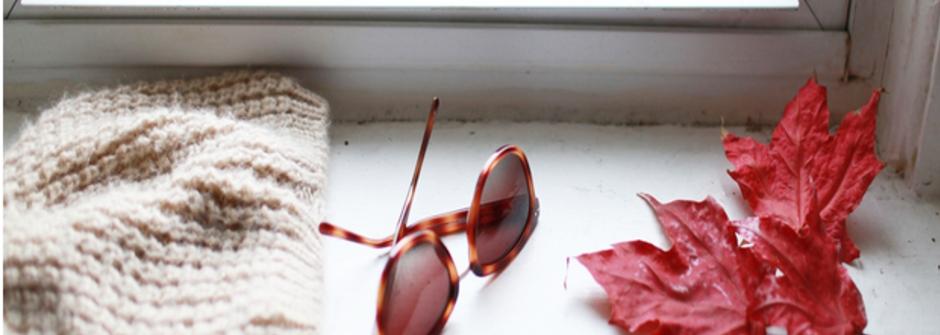 波士頓 15度C 穿搭風景:暖麻花針織、酒紅指甲、米色劍橋包