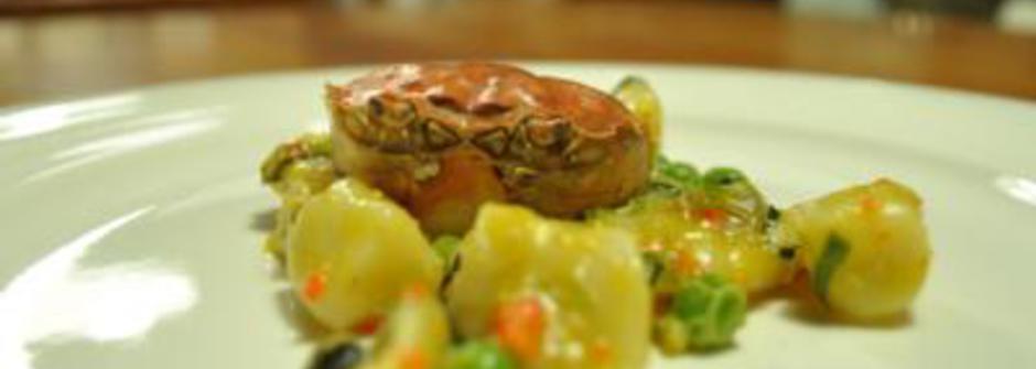 美味料理食譜:紫蘇大閘蟹佐豌豆麵疙瘩