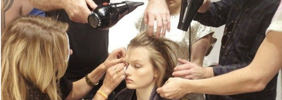 跟毛躁亂髮掰掰!讓頭髮更柔順閃耀的4個專業建議