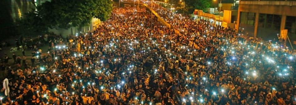 獻給台灣和香港無眠的夜:找回勇氣的溫柔革命歌單