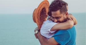 解析!男人的六種擁抱方式代表意義