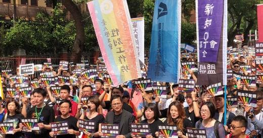 婚姻平權大平台:「協商不能退」最後一哩路,你願跟我們一起走嗎?