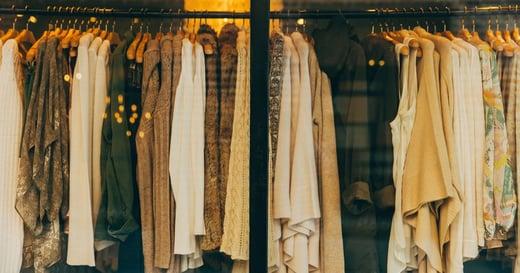 為什麼重要場合,你不該穿「新衣服」?