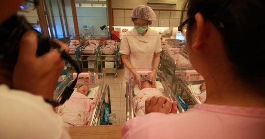 你不知道的月子中心:醫療介入,如何改變母乳文化?