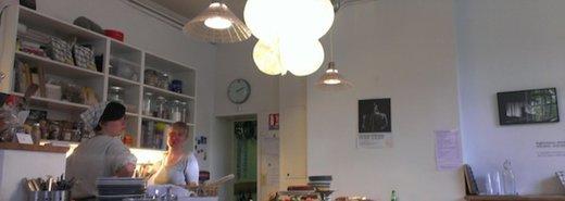 巴黎的北歐風咖啡館 Café Suédois