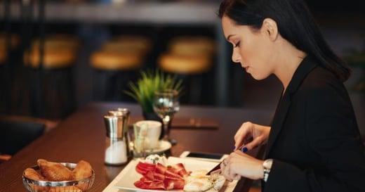 瑞典獨食學:一人吃飯不孤獨,而是用一頓飯安定自己