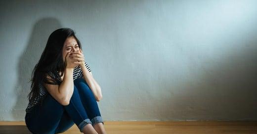「面對強暴,因害怕失去工作而不敢反抗」好萊塢權力關係失衡,有逾 70 名女星受害