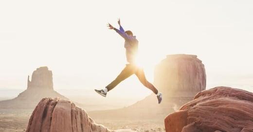 常因工作上的失誤而感到挫敗?用這 3 個心法,養成勇於面對挑戰的「成長型思維」