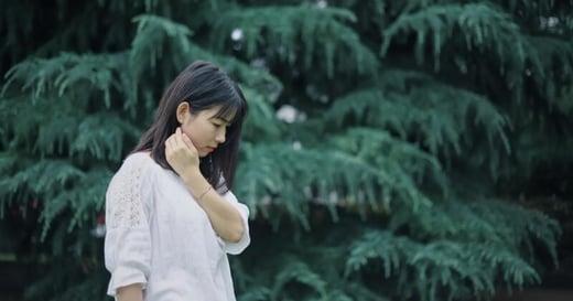 體態可以看出性格?研究顯示:內向者收縮腹肌的傾向很強烈