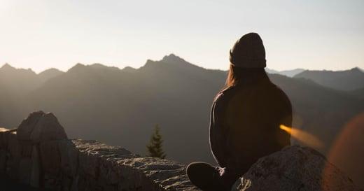 為什麼生活充滿抱怨?致在工作中迷失方向的你:比起離職,你更需要找到工作的黃金組合