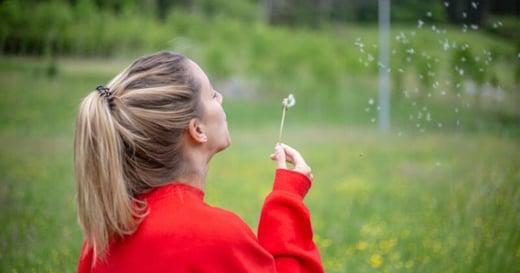 該怎麼緩和焦慮情緒?5 分鐘呼吸練習:有效恢復身心平衡