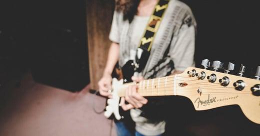 女人迷點歌|Funky Monday:獨立音樂歌單,在家也能感覺「好自由」