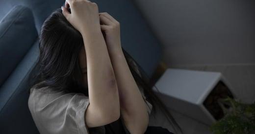 以愛為名的傷害:不該為家庭的完整,忍受親密關係裡的暴力