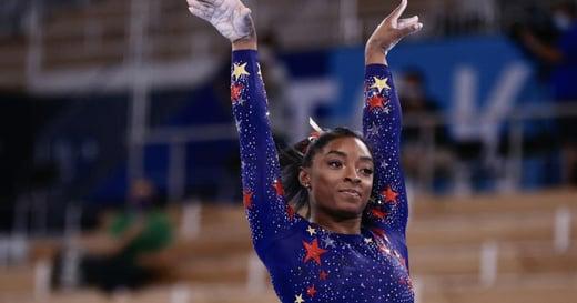 在金牌面前按暫停,她有照顧自己的勇氣!Simone Biles:我們都是人,需要照顧自己的身心