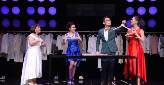 強酸舞台劇《純屬張愛玲個人意見》:衣服真能決定我是誰?