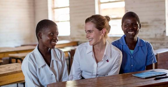世界女孩日!艾瑪華森抗童婚:國家要進步,必須投資女孩