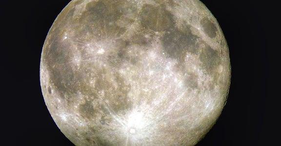 【NASA 公告】鎖定 11/14!二十一世紀最大的超級月亮來了