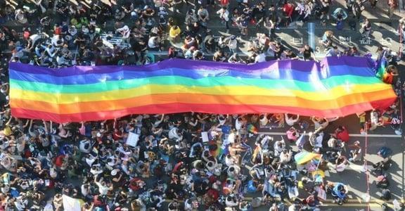 【世界日誌】通姦除罪、同婚合法、自由空氣!跨時代的一週