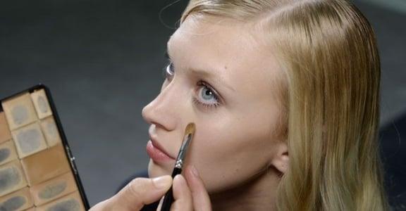 專業彩妝師這樣遮瑕:其實,「珊瑚色」能搞定萬年黑眼圈