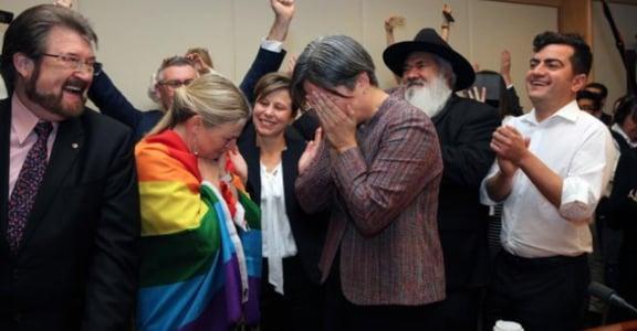 澳洲婚姻平權普查通過!準備進入議會闖關