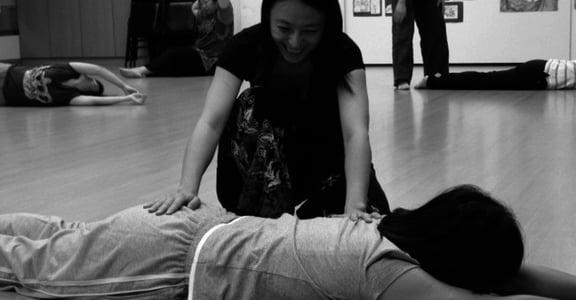 今天跟身體對話了嗎?有助放鬆與自我覺察的身體練習