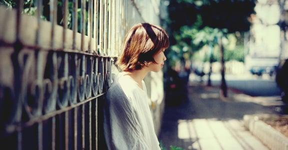 一首詩一種失戀 沒有開始也不會結束的戀情,喜歡你不必定義