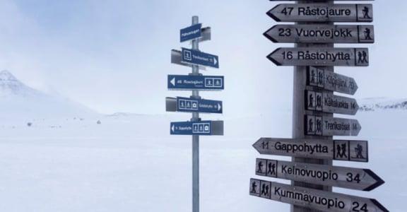 Mika 在路上|在北極摔跤,發現天空好值得欣賞
