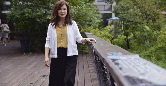「成為母親,安慰了我心中的小孩」專訪單親星媽鄭如晴