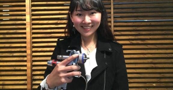 台灣首位汽車噴漆女國手,22 歲的她:職業沒有性別之分