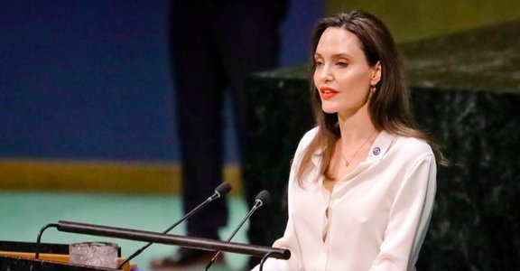 安潔莉娜裘莉的聯合國演說:性暴力存在,世界就無法和平