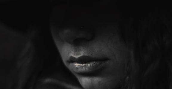 碰到家庭暴力怎麼辦?律師:忍一時,不會風平浪靜