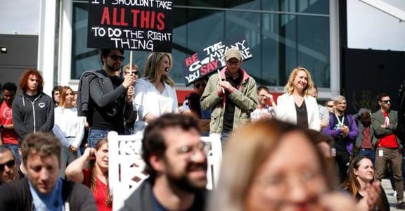 傳屌照、打壓女性:《英雄聯盟》開發商因壓下性騷擾,遭百人罷工