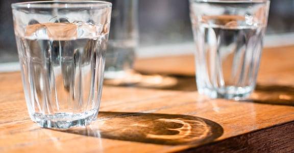你每天喝的水夠嗎?三招讓你遠離急性腎衰竭